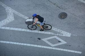 bicycling1.jpg