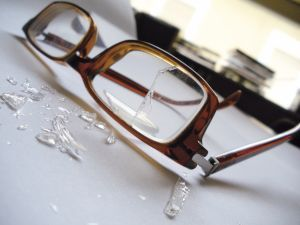 brokenglasses.jpg